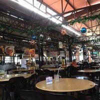 Photo taken at Sungai Pinang Food Court (檳榔河) by Amy C. on 8/18/2012