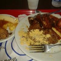 Photo taken at Restaurante Makro by Renato B. on 7/13/2012