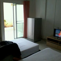 Photo taken at Jomtien hostel by Ian L. on 5/16/2012