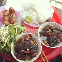 Photo taken at Bún Chả Tuyết by Trille Vu on 8/15/2012