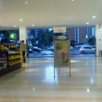 Foto tirada no(a) Top Center Shopping por 💰🍸🍫🍴Naiara S. em 4/29/2012