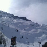 Photo taken at Les Grands Montets by Dan R. on 3/12/2012
