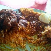 Photo taken at Restoran Vanggey by Harits K. on 7/3/2012