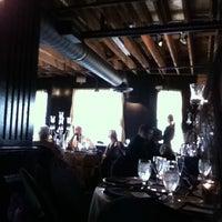 Photo taken at McFadden's Restaurant-Saloon by Bảo A. on 7/27/2012