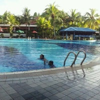 Photo taken at Le Grandeur Palm Resort Johor by Muhammad Najib M. on 2/6/2012