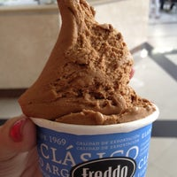 Photo taken at Freddo by Fabiany G. on 3/22/2012