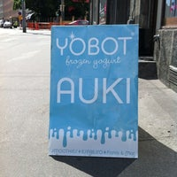 Photo taken at Yobot Frozen Yogurt by Ilkka on 7/10/2012
