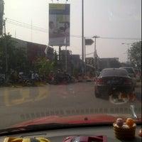 Photo taken at Lampu Merah Srengseng-Pesanggrahan by The_ZPR<ZH3P4_R41D3R5> I. on 7/12/2012