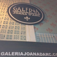Photo taken at Galeria Joana D'Arc by Diogo T. on 4/21/2012