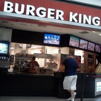 Photo taken at Burger King by Lucianna L. on 8/4/2012