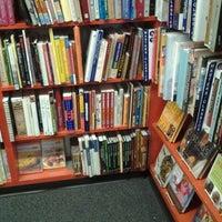 Снимок сделан в Bookman's Entertainment Exchange пользователем Jonathan R. 6/24/2012