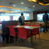 Photo taken at KFC by Suchi P. on 5/26/2012