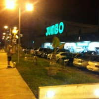 Photo taken at Jumbo by Rodrigo C. on 4/15/2012
