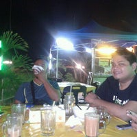 Photo taken at Warung Pinang Sebatang by Oc® p. on 3/24/2012