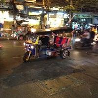 Photo taken at De Arni Bangkok by Emre Ç. on 3/14/2012