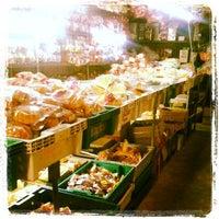 Photo taken at Ying Charoen Market by ฅนกลางคืน on 5/19/2012