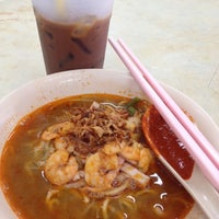 Photo taken at Sri Nibong Kopitiam by Koay M. on 7/18/2012