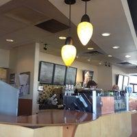 Photo taken at Starbucks by Yxes 💋🌻💃🏽 ☕. on 6/26/2012