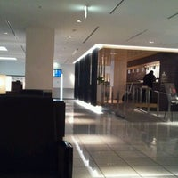 Photo taken at ANA LOUNGE - Satellite 4, Terminal 1 by Masa on 4/24/2012