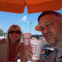 Photo taken at Dunkin' Donuts by Darin m. on 4/8/2012