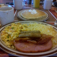 Photo taken at Denny's by Luis R. on 9/6/2012