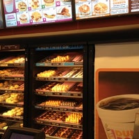 Photo taken at Dunkin' Donuts by Raciel D. on 7/25/2012