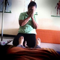 Photo taken at ป้าภา 2 นวดแผนไทย by GiGsy M. on 7/10/2012