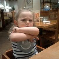 Photo taken at Olive Garden by Ren P. on 7/25/2012