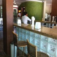 Photo taken at Biscoito Pereira by Kel on 5/18/2012