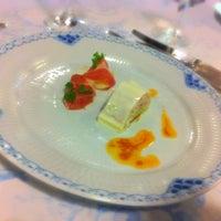 Photo taken at レストラン鯛萬 by 章緒 on 7/10/2012