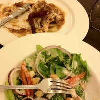 Photo taken at Kenny Rogers Roasters by Syamsir A. on 8/14/2012