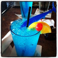 Photo taken at Mahi Mah's Seafood Restaurant by katrina j. on 8/23/2012