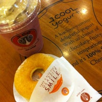 Photo taken at J.Co Donuts & Coffee by Vira on 3/6/2012