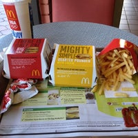 Photo taken at McDonald's by Ronny on 7/19/2012