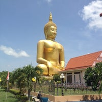 Photo taken at Wat Muang by Taotaow on 6/4/2012