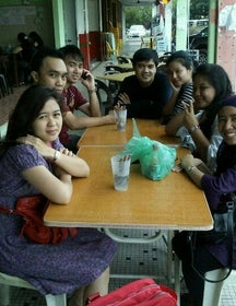 Azah Pon Cafe