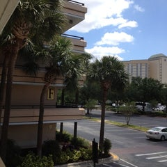 Photo taken at Rosen Inn at Pointe Orlando by Juliana B. on 5/2/2012
