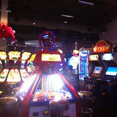 Photo taken at Dave & Buster's by T@!rA F. on 6/6/2012