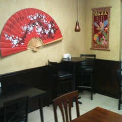 Photo taken at Asian Cuisine by Ron W. on 8/26/2012