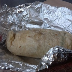 Photo taken at Chipotle Mexican Grill by Lito on 4/3/2012