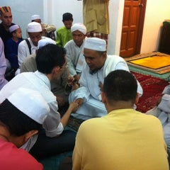 Photo taken at Masjid Nurul Hidayah by Ikmal K. on 8/9/2012
