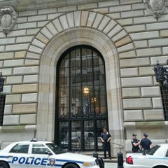 Photo taken at Federal Reserve Bank of New York by Michal Š. on 9/5/2012