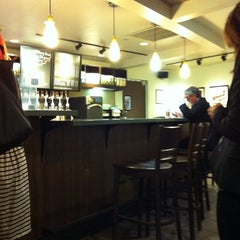 Photo taken at Starbucks by Hilque D. on 10/5/2011