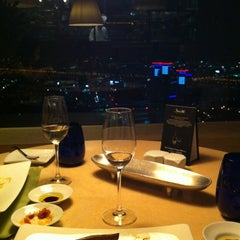 Photo taken at 마르코 폴로 (Marco Polo) by Kim M. on 7/9/2012