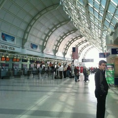 Photo taken at Terminal 3 by Dayes W. on 10/4/2011