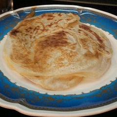 Photo taken at Restoran Al-Ali Bistro by Faizul F. on 5/20/2012