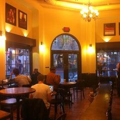 Photo taken at Starbucks by Narayanan N. on 10/4/2011
