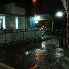 Photo taken at Posko Utama MNC TV by Petani P. on 11/24/2011