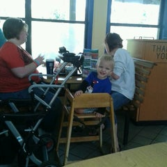 Photo taken at Jacksonville Zoo - Trout River Grill by Olivia J. on 1/27/2012