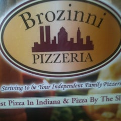 Photo taken at Brozinni Pizzeria by Timothy B. on 8/21/2011